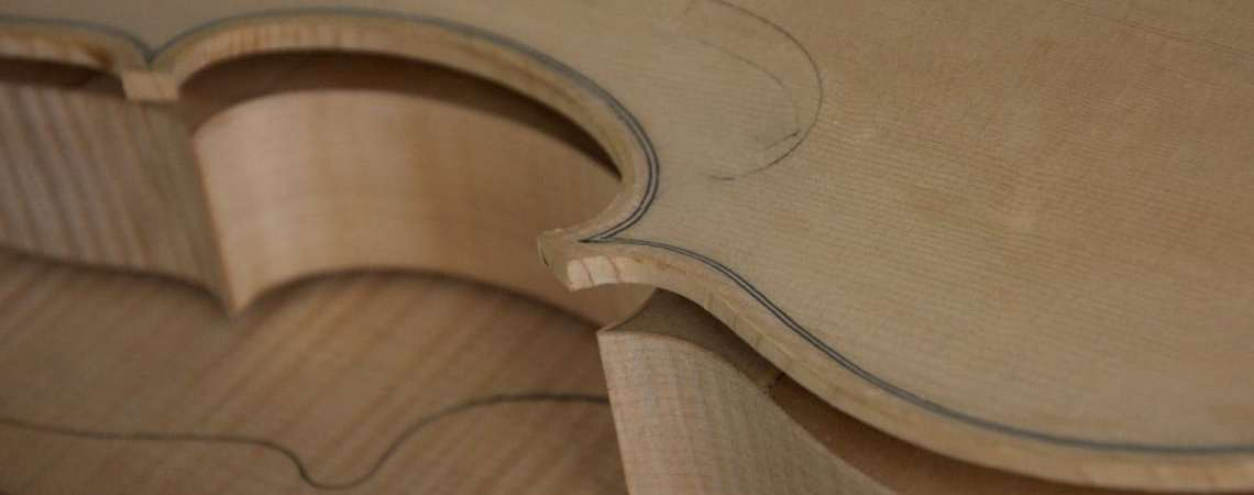 stage de fabrication de violon pour amateur.