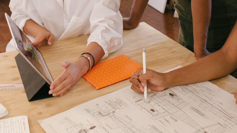 Por qué debes contratar un arquitecto para tu reforma - asesoramiento continuo
