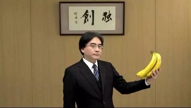 Eh Iwata, suelta ese plátano!! Solo se puede comer en la región de Canarias!!