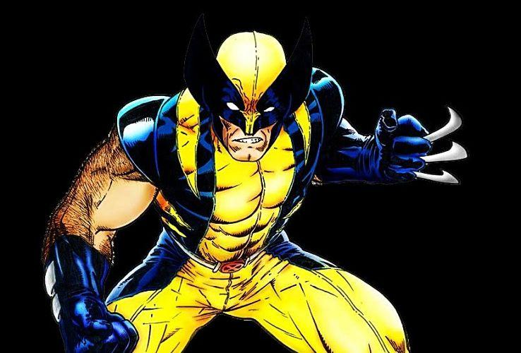 Logan con traje amarillo en las películas