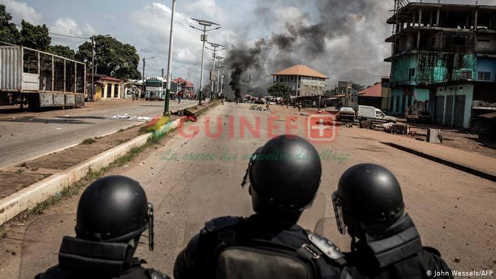 Human Right Watch compte au moins 12 morts dans les violences post-électorales, quand le ministre de la Sécurité en évoque 21