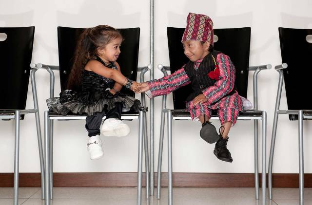 Jyoti Amge and shortest man living Khagendra Thapa Magar