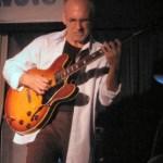 Gibson ES-335 semi-hollow body