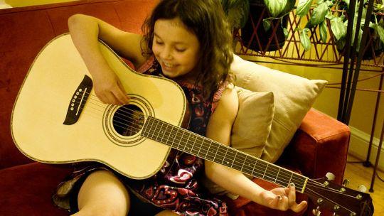 Consigli per imparare a suonare la chitarra