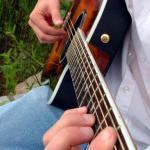 Lezione di Chitarra Fingerstyle: arpeggi per la mano destra (3)