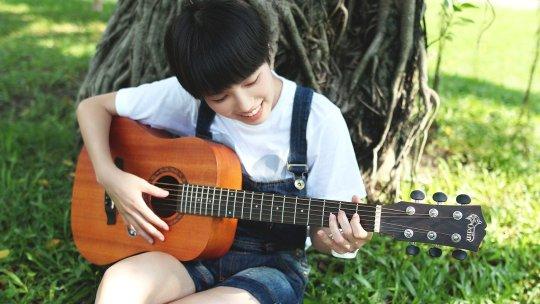 5 canzoni facili e belle da arpeggiare alla chitarra