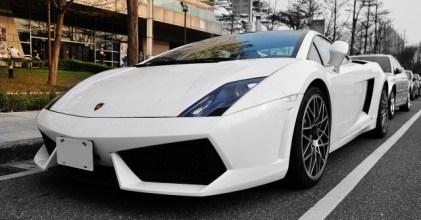 –暴力小牛– 藍寶堅尼 Lamborghini LP560-4 大直街拍
