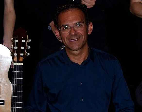 José Antonio Chic, guitarra