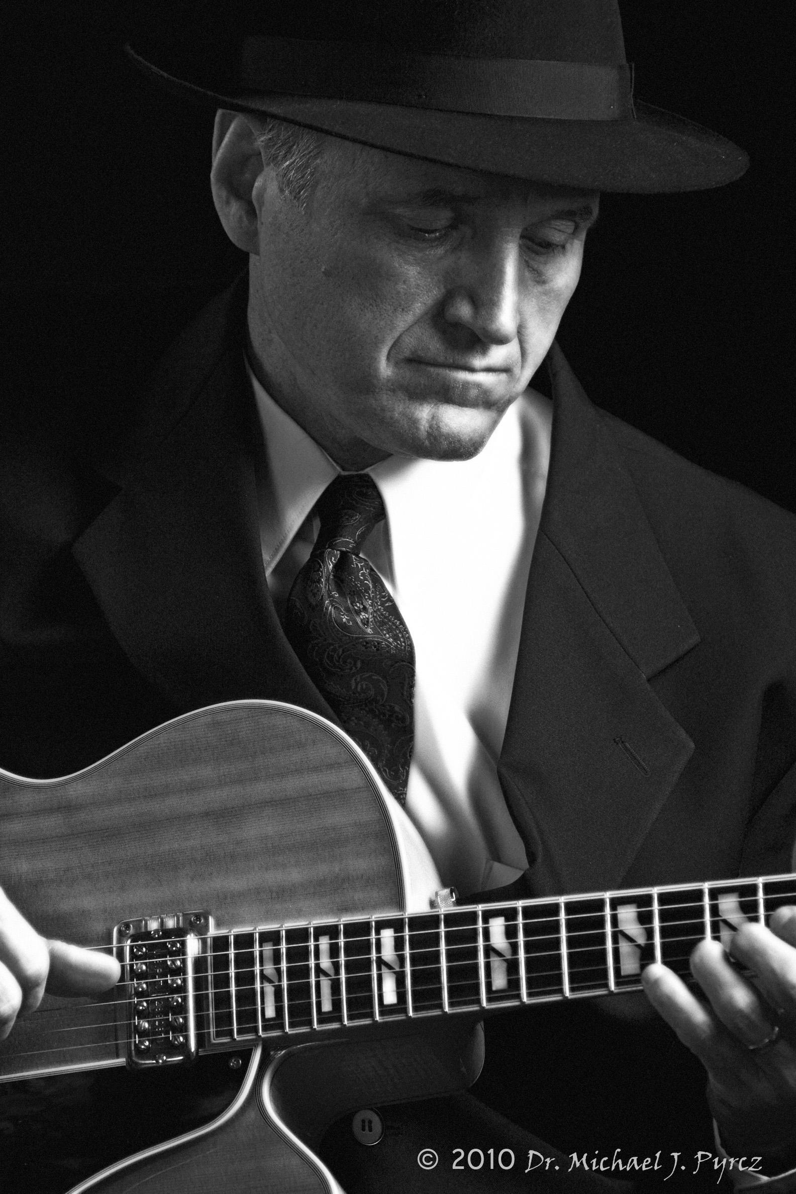 Online Lessons Guitar Bass Uke Banjo Humble