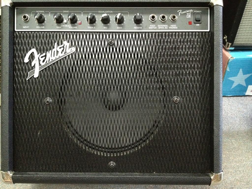 Fender 25r Amp : used fender frontman 25r guitars united ~ Russianpoet.info Haus und Dekorationen