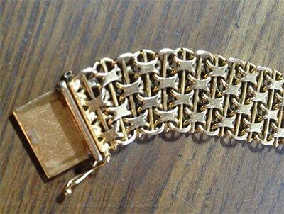 reparation av guldarmband