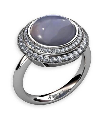 kalcedon med diamanter