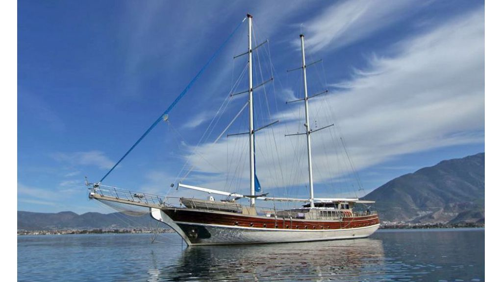 Prenses Selin, GuletPrenses Selin is the sister motor sailor yacht of princess lila which were built with great enthusiasm in 2006 in Fethiye, having crewed charter in mind she has 8 cabins to accomodate upto 16 + 2 guests in very comfortable way