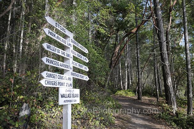 Sign post, Wallace Island, Gulf Islands, British Columbia, CanadaWallace Island, Gulf Islands, British Columbia, Canada