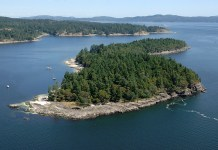 Aerial photograph of Russell Island, Gulf Islands National Park Reserve of Canada, Southern Gulf Islands