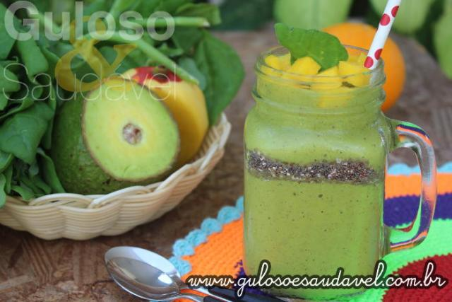 Receita de Smoothie Verde Tropical