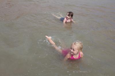 Synchronized Swimming 3