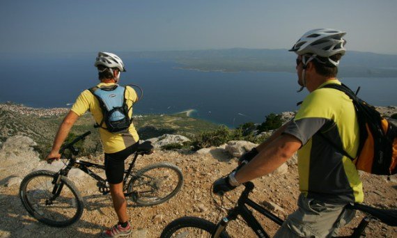 Biking from Vidova gora