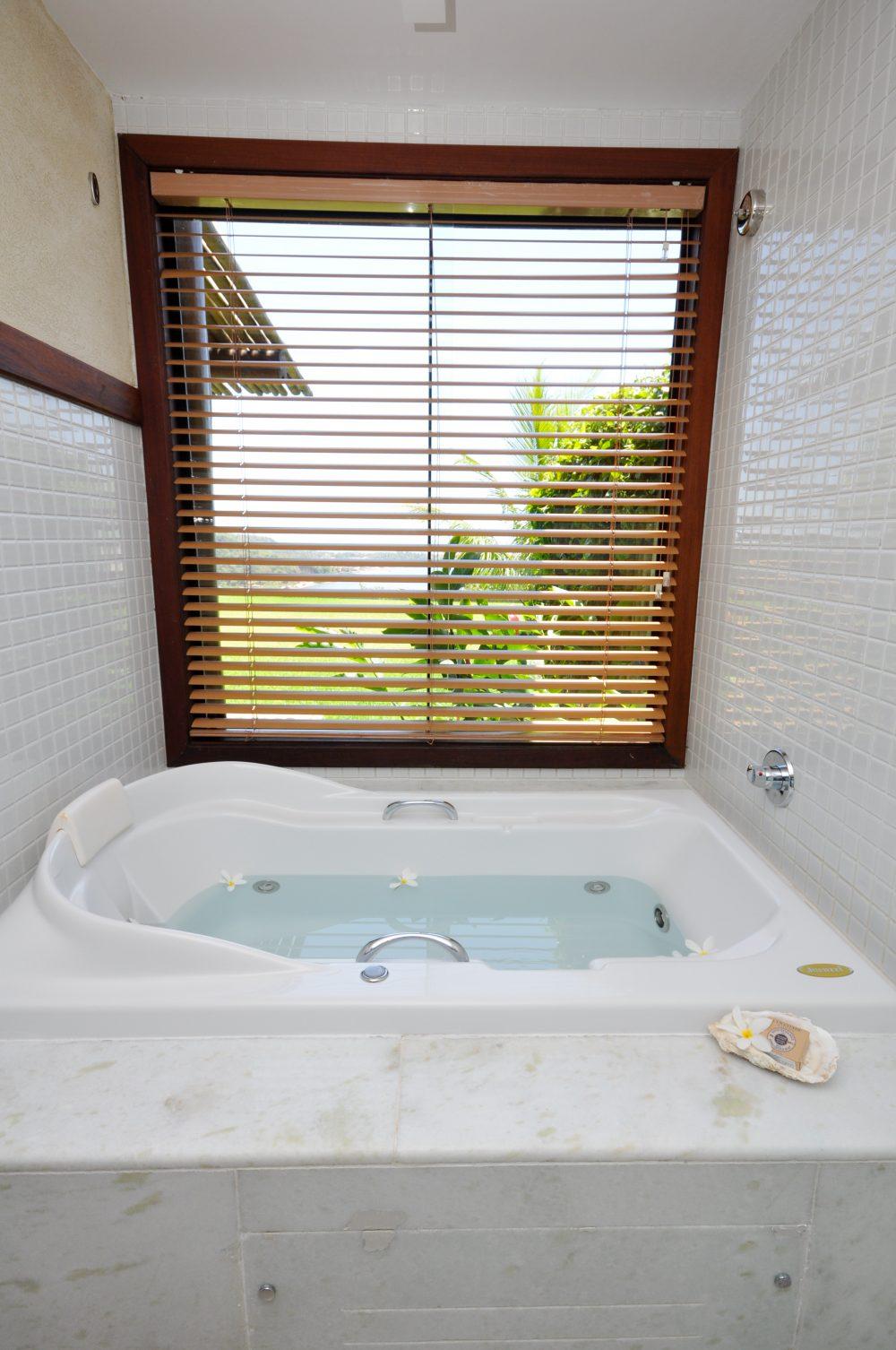 Banheira de hidromassagem | Gungaporanga