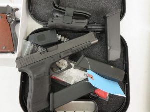 Used Glock 34 Gen 4 9mm w/ 2 extra magazines and case $575