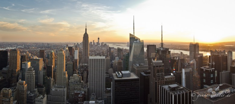 Top of the Rocks - View from Rockefeller Center to Downtown Manhattan
