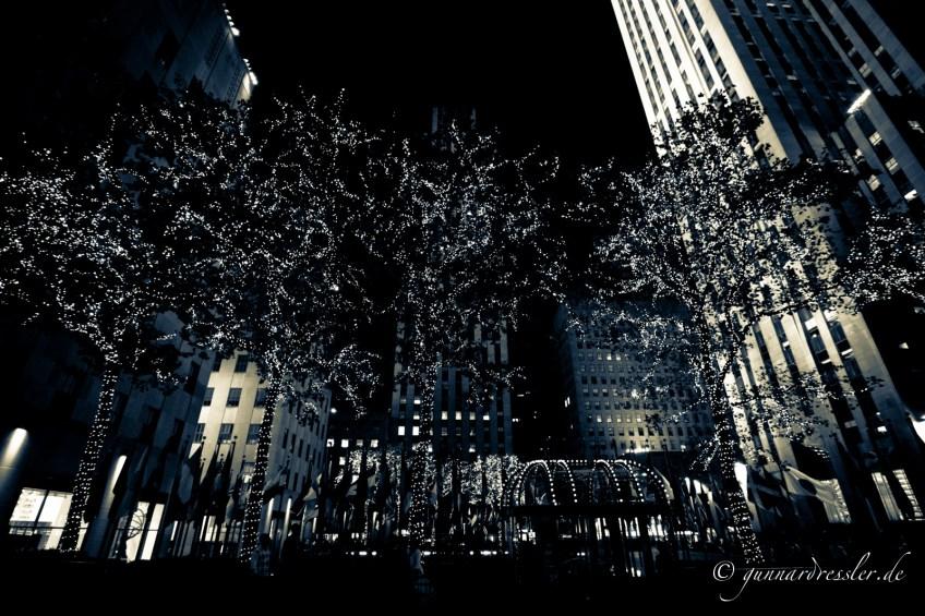Rockefeller Center at night