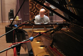 Gunnar Madsen at Skywalker Piano