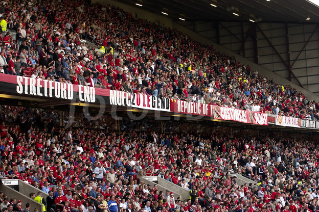 Stretford End were in full voice on Sunday