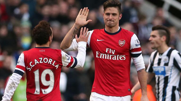 Newcastle-v-Arsenal-Olivier-Giroud-celeb-2_3058813