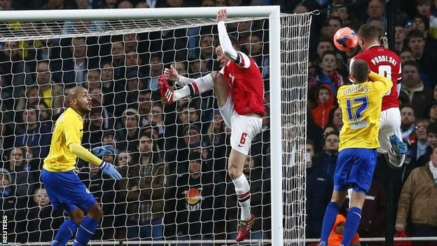 Poldi reaches what Kos could not for the 2nd