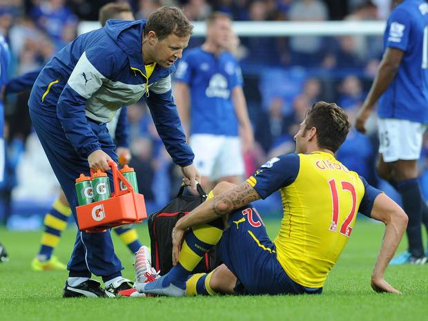 Giroud is ready to return against United after picking up an injury at Everton