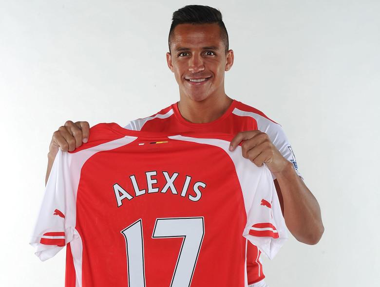 Sanchez signs!