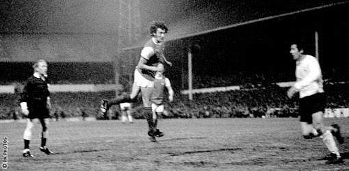 The moment Ray Kennedy secured his place in Arsenal legend!