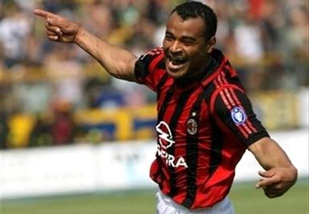 Brazilian fullback width for Milan