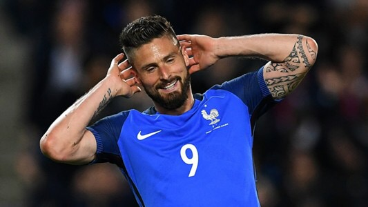Giroud must stay