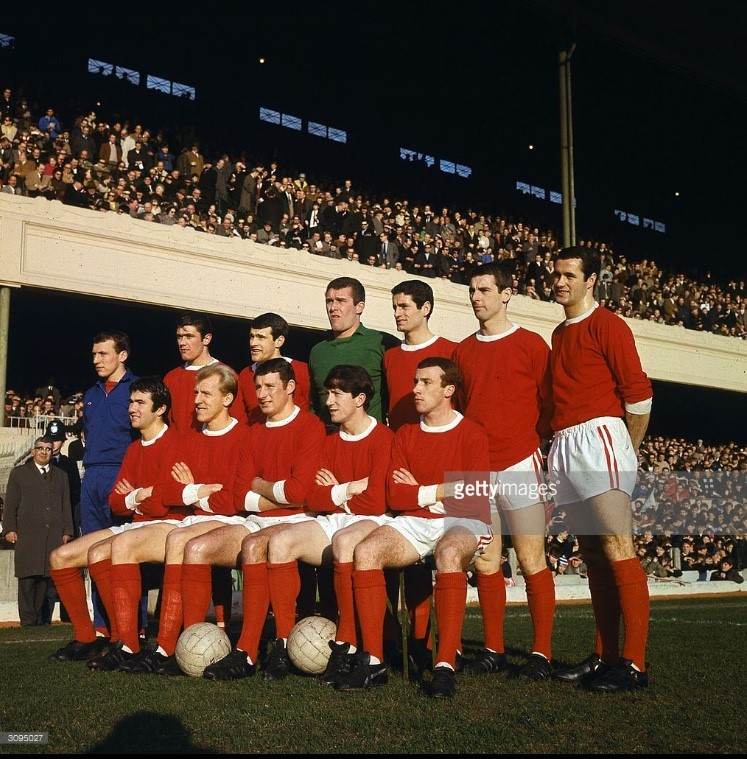 Arsenal team photo from 1962-63 (thanks Getty Images)