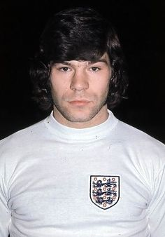 Supermac wearing the three lions