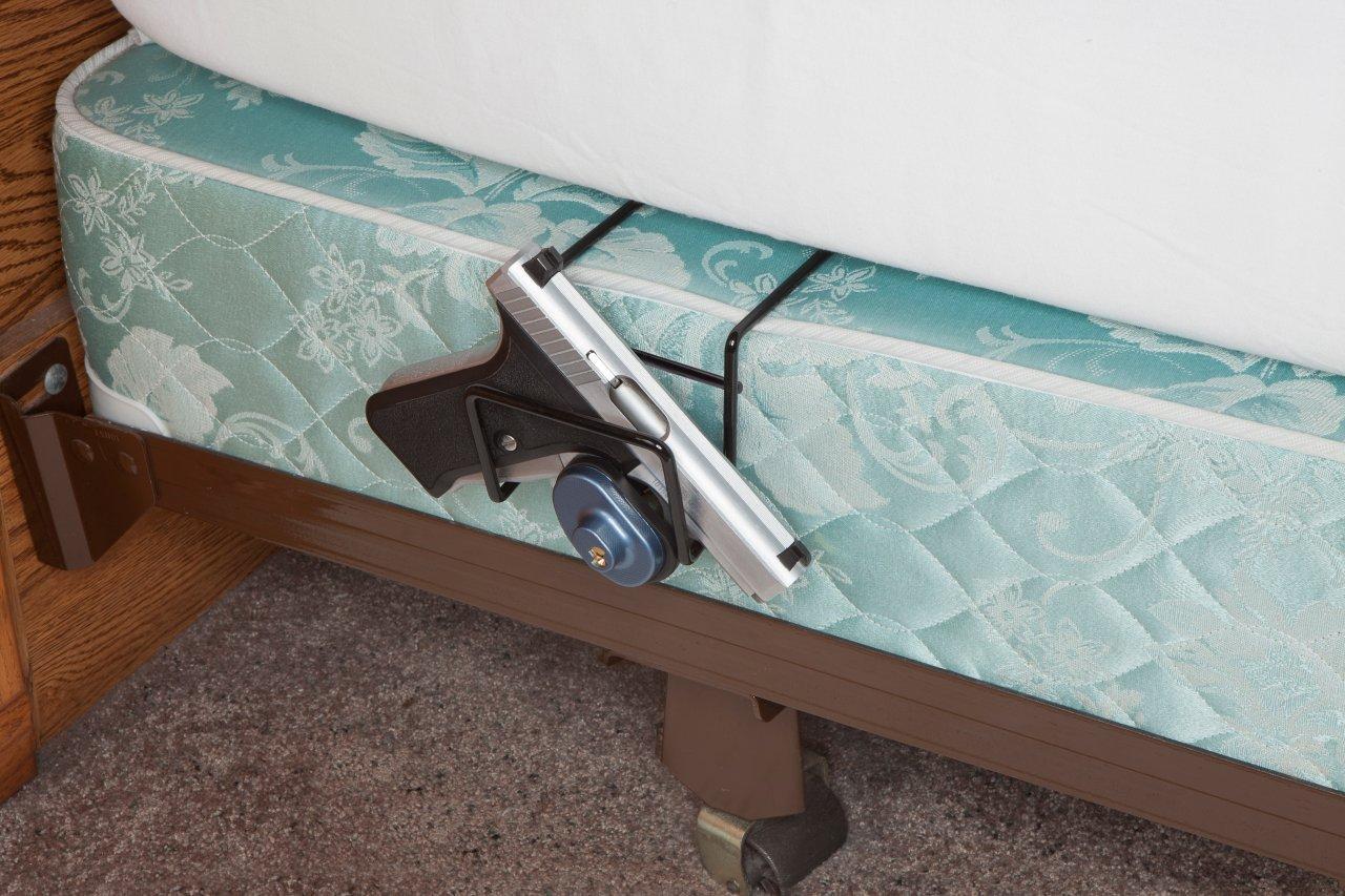 rack em 6060 bed buddy single pistol holder