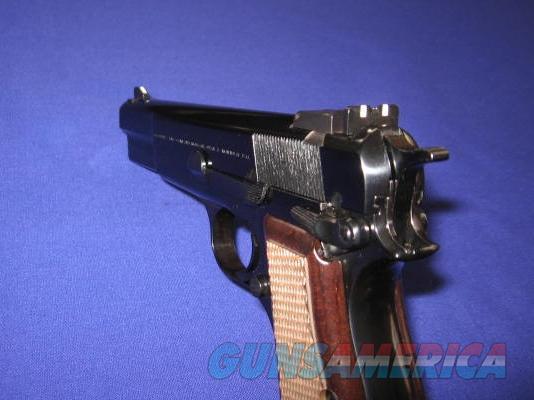 Pistol Belgium 9mm Browning