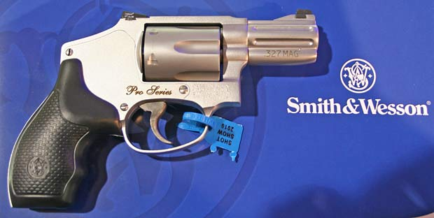 Smith and Wesson 632