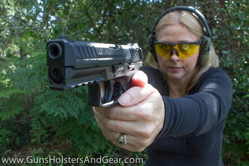 HK pistol angle shooting