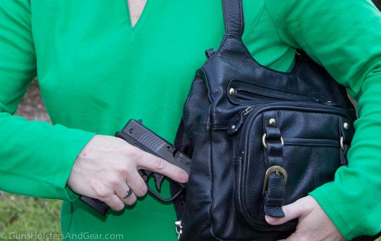carrying Bersa in a purse