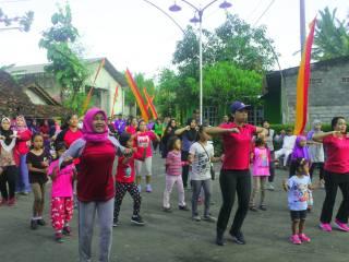 Senam Massal dan Jalan Sehat Rt. 07 Dusun Bansari Desa Kepek