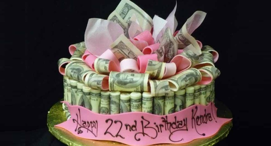 Money-Roll-Cake-in-gurgaon