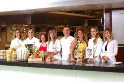 Mövenpick'te yemek kitabı yazarları ile buluşma