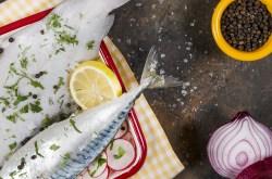 Lacivert Restaurant'ta Dil Balığı ve Hardal Otu Mönüsü