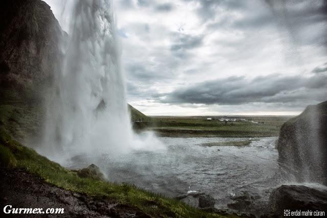 İzlanda Gezi Yazısı,seljalandsfoss şelalesi nasıl gidilir