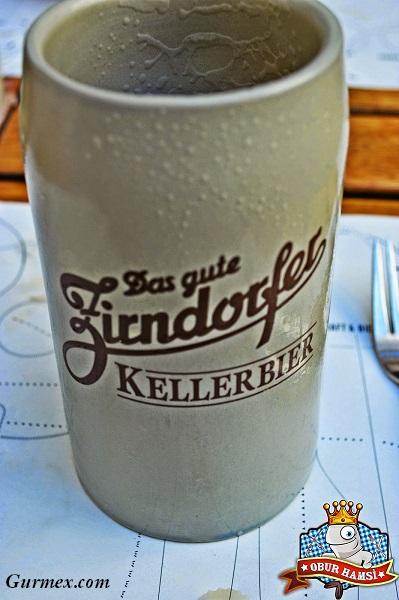Berlin-Almanya-Keller-Bier-bira