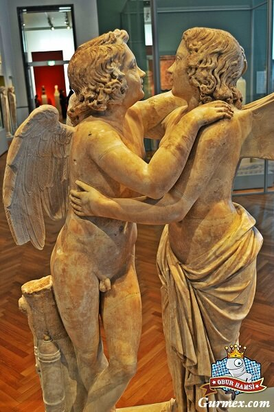 altes-museum-berlin-greek