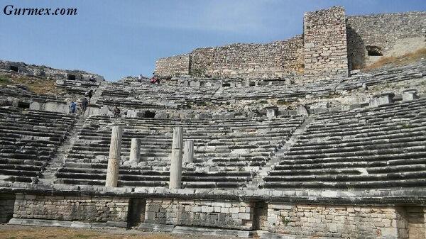 milet-antik-kenti-miletos-balat-aydin-gezilmesi-gorulmesi-gereken-tarihi-yerler